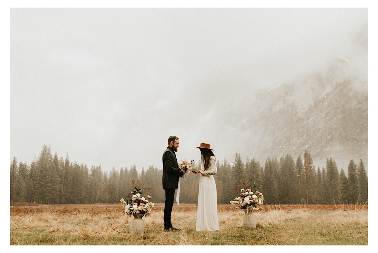 Reasons Why You Should Elope Top Reasons To Elope Elopement Photographer Yosemite National Park Elopement 006