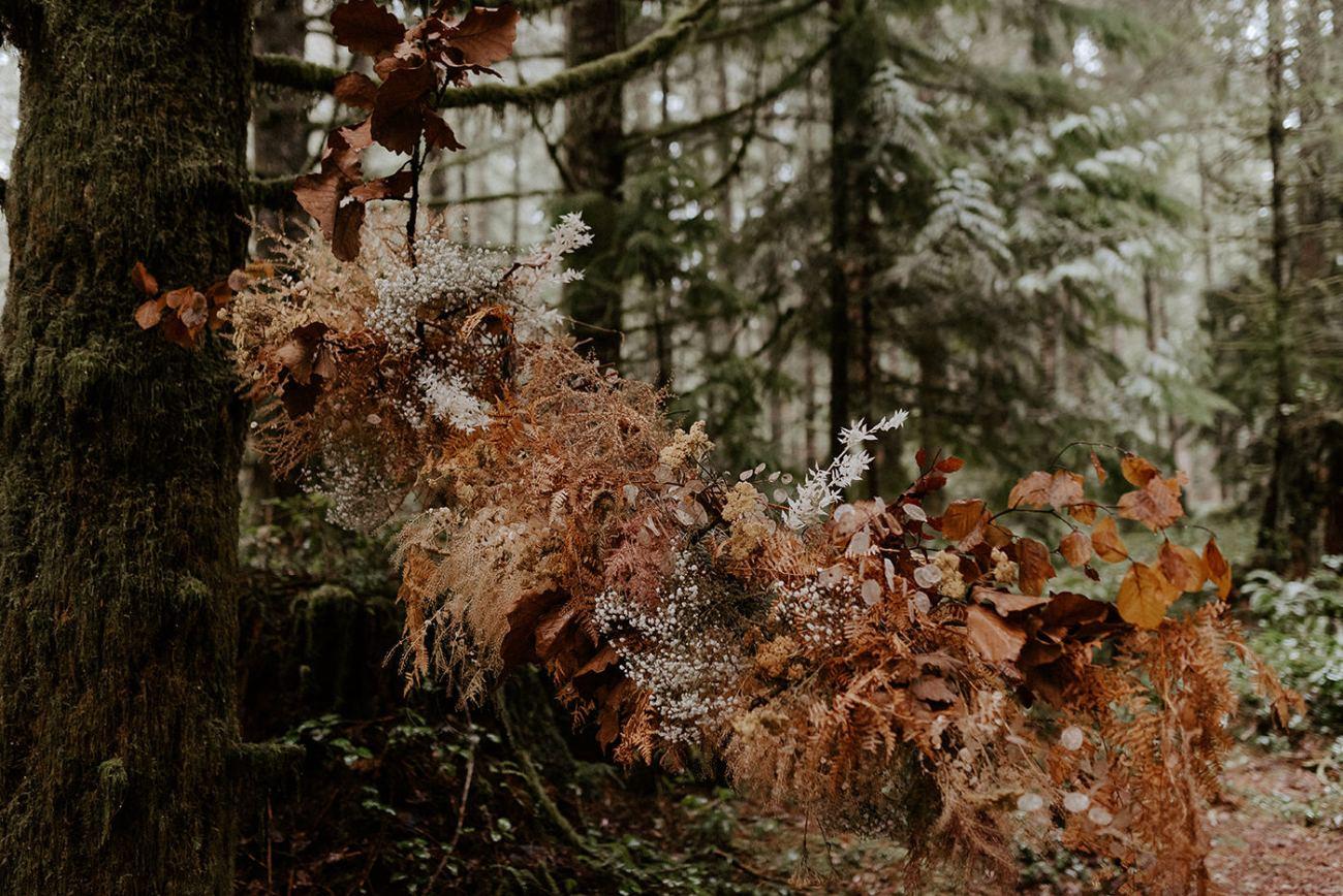 The Woodlands House Sandy Oregon Elopement Portland Elopement Photographer PNW Adventurous Elopement Anais Possamai Photography 57