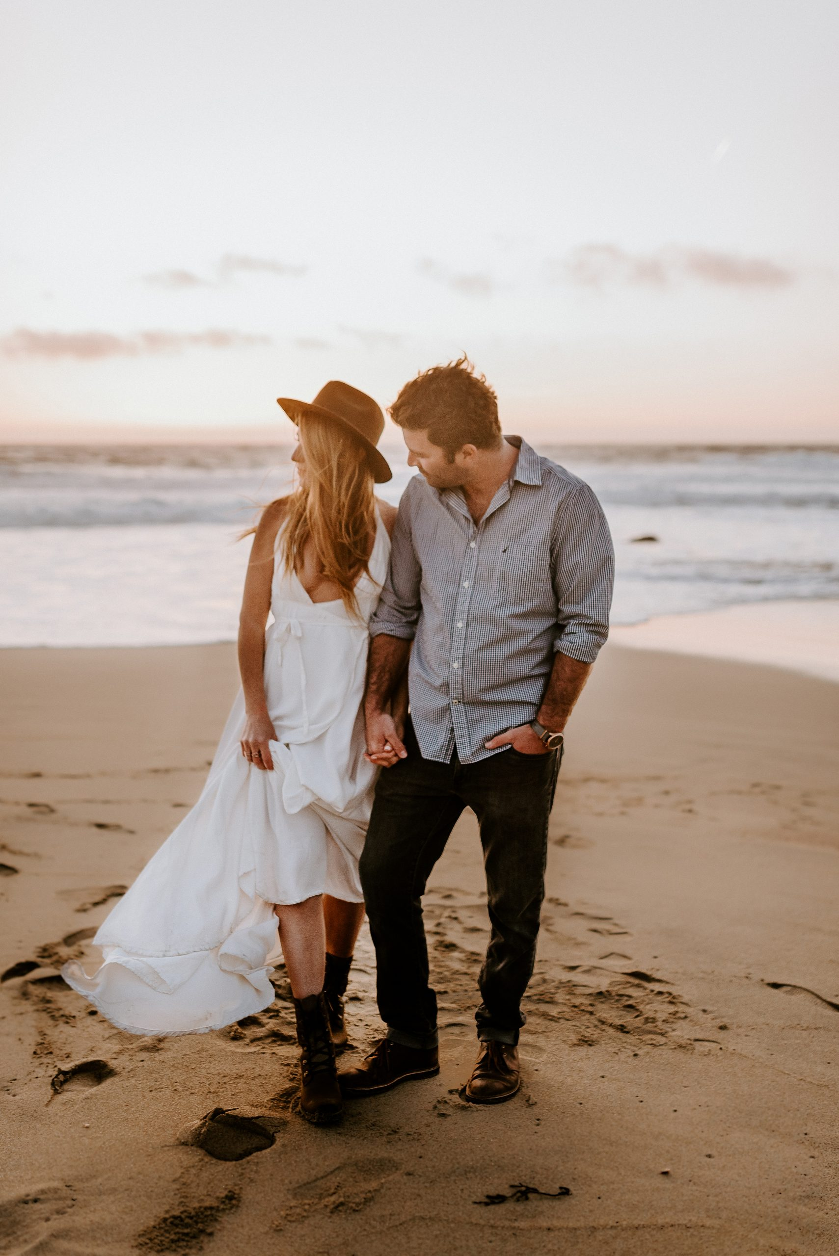 Oregon Coast Engagement Photos Hug Pont Elopement Oregon Wedding Photographer Anais Possamai Photography
