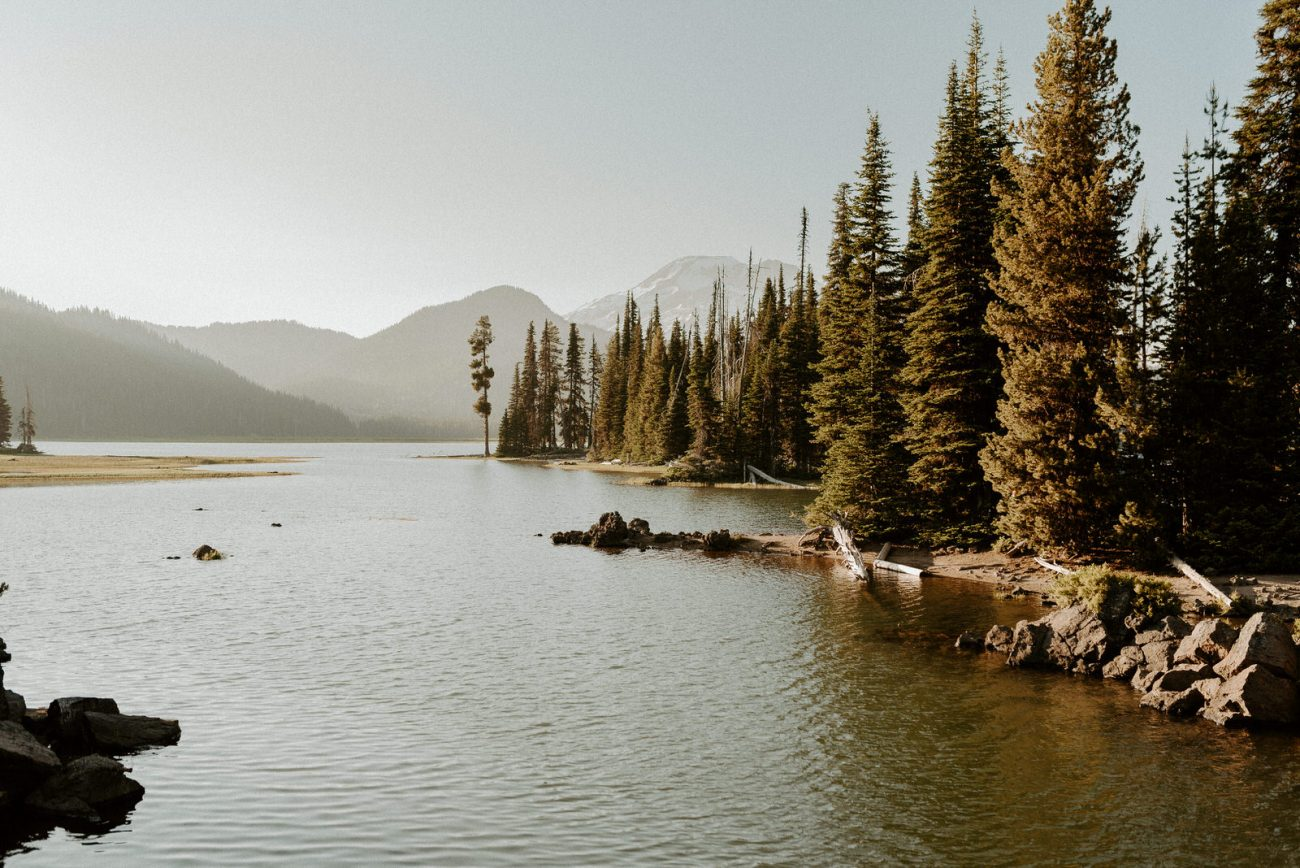 Sparks Lake Bend Oregon Elopement Bend Wedding And Elopement Photographer Anais Possamai Photography 002