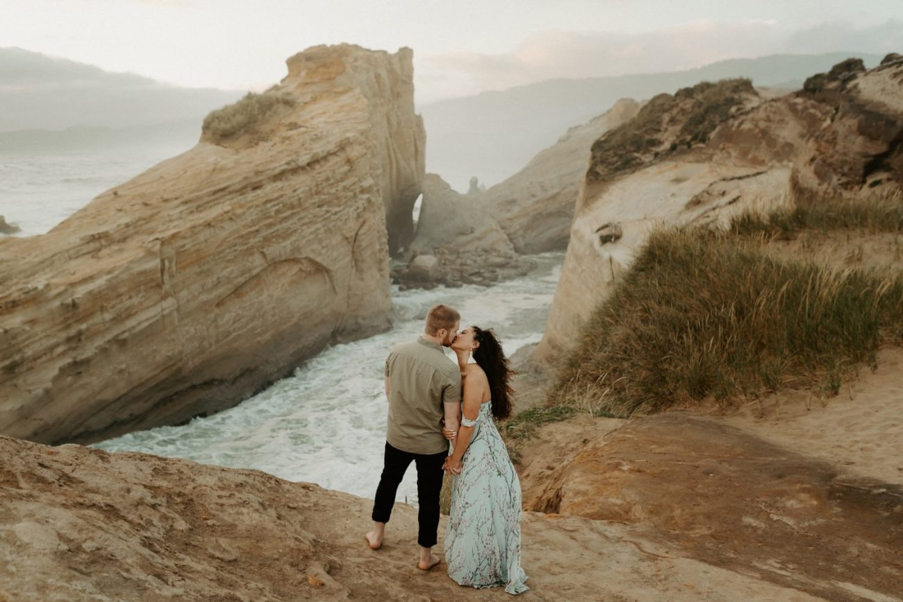 Cape Kiwanda Engagement Session Best Location In Oregon For Engagement Photos Portland Wedding Photographer Anais Possamai Photography 007