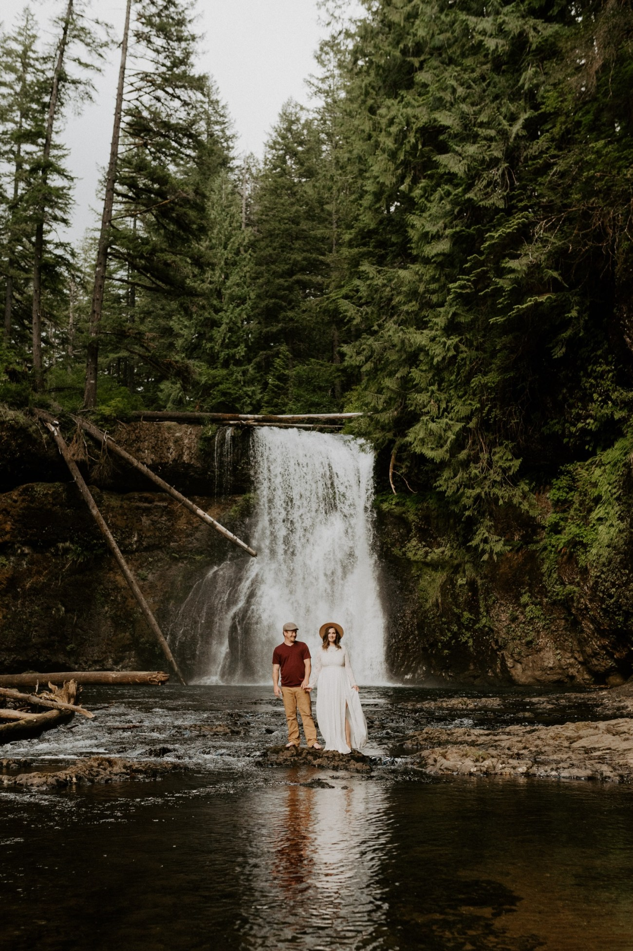 Silver Falls State Park Engagement Session North Falls Engagement Photos Portland Wedding Photographer Oregon Elopement Photographer Anais Possamai Photography 017
