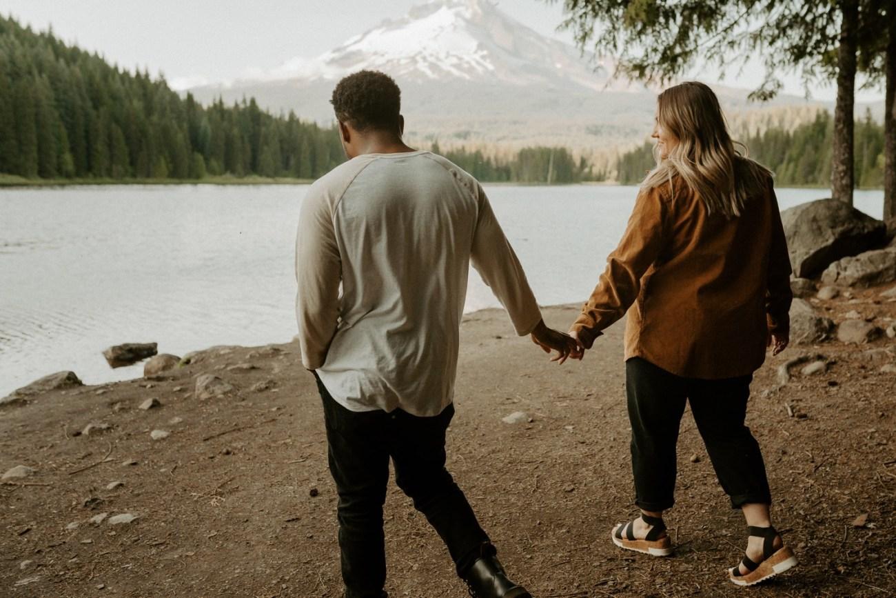 Trillium Lake Mount Hood Couple Session Engagement Session Portland Wedding Photographer Bend Elopement Photographer Anais Possamai Photography 005