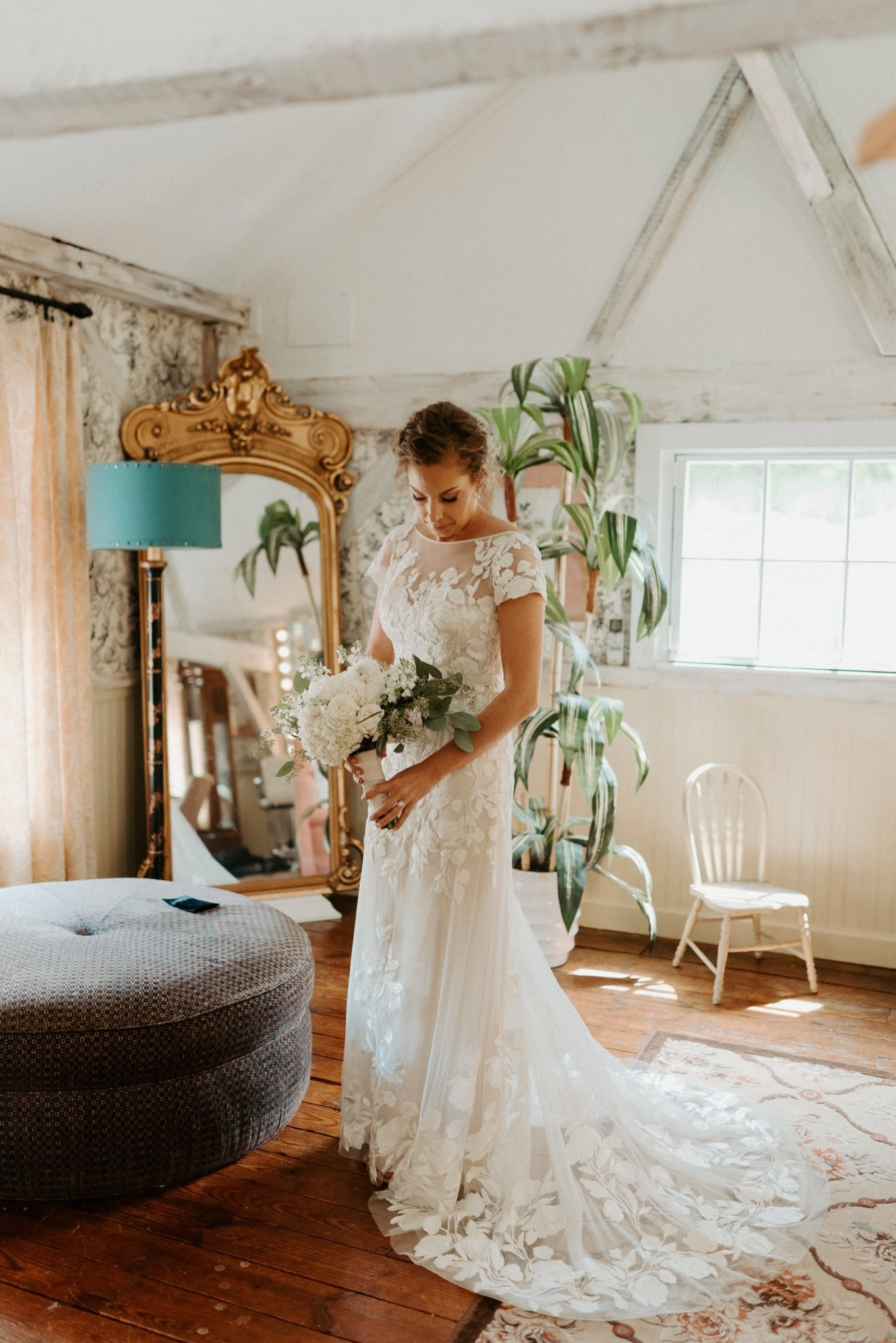 Bride getting ready in bridal suite at Jacks Barn Oxford New Jersey Wedding Venue. New Jersey Wedding Photographer NJ Wedding Venue Rustic Barn Wedding Anais Possamai Photography