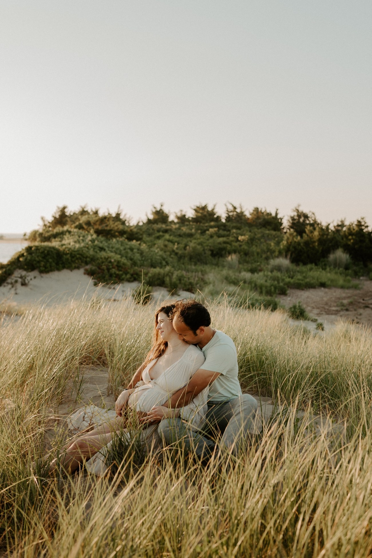 Sandy Hook Maternity Session Oregon Coast Couple Session Oregon Wedding Photographer Bend Wedding Photographer Anais Possamai Photography 002