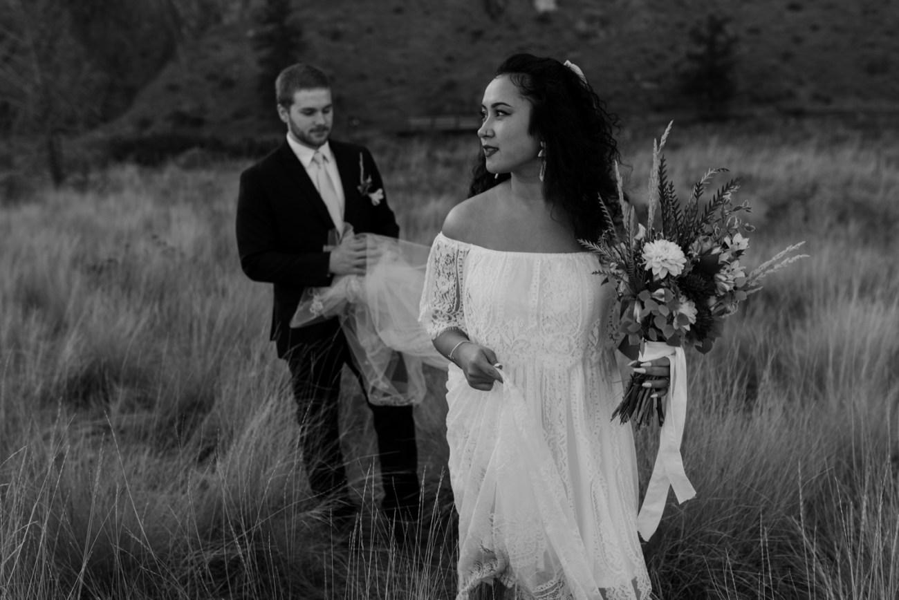 Smith Rock Elopement Bend Elopement Photographer Bend Wedding Photographer Fall Bend Wedding Anais Possamai Photography 019