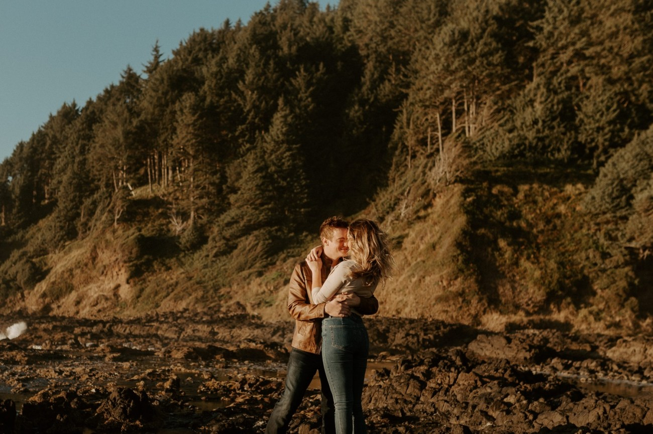 Yachats Oregon Coast Cape Perpetua Engagement Session Bend Wedding Photographer Anais Possamai Photography 011
