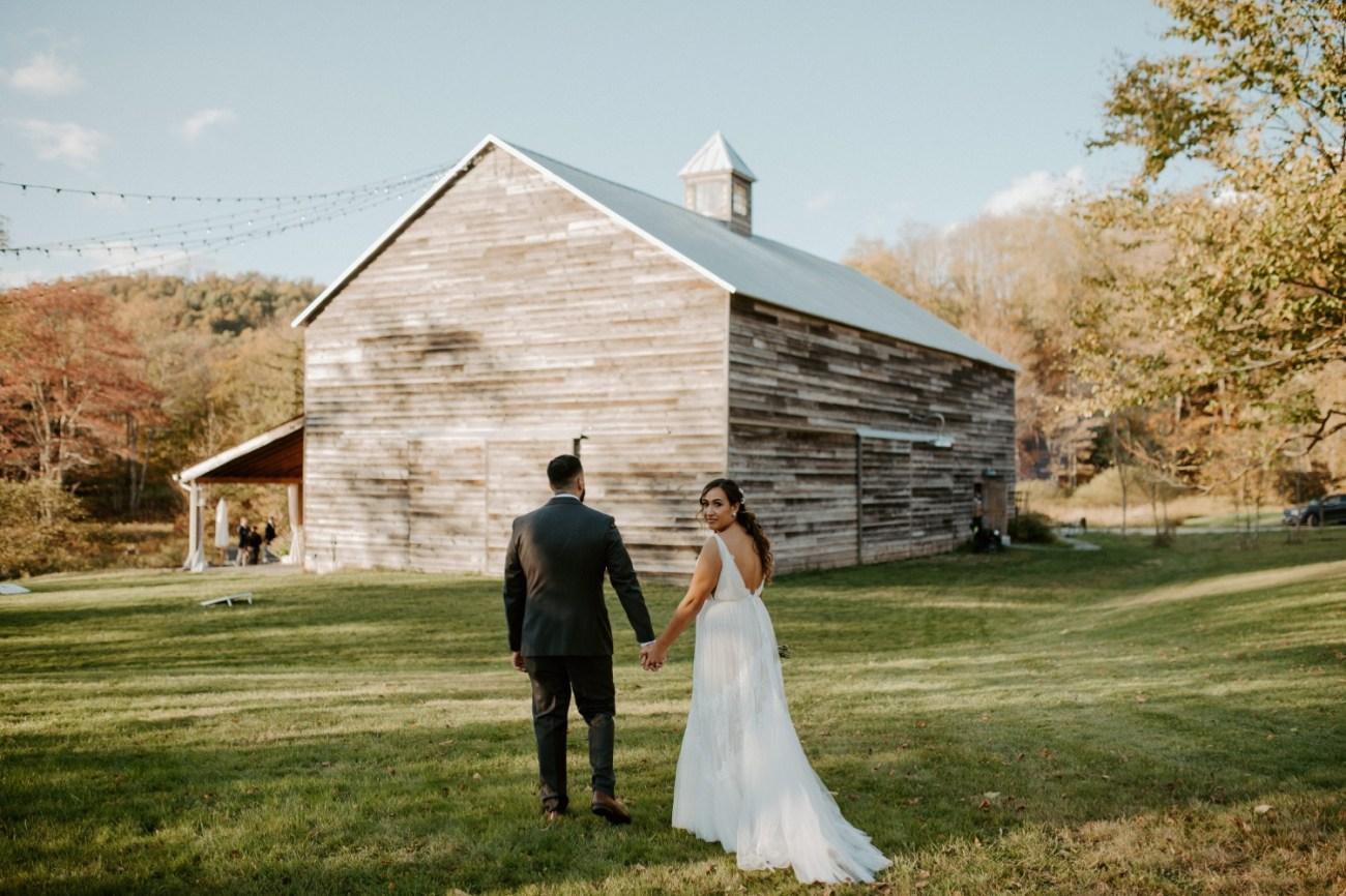 Handsome Hollow Wedding Catskill Up State New York Wedding Photographer Anais Possamai Photography 052