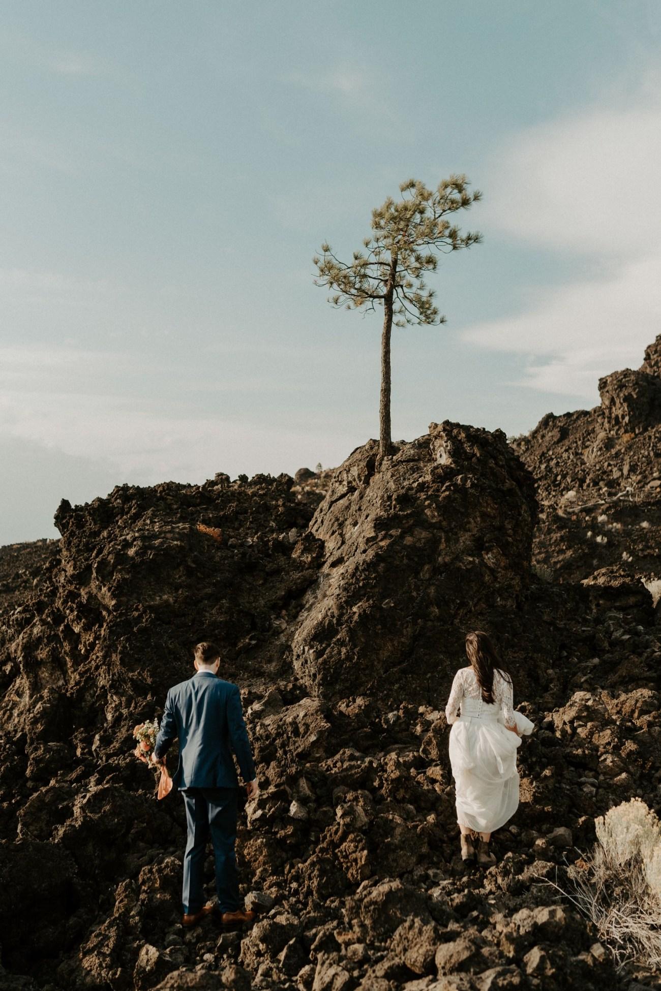 Newberry Volcano Elopement Bend Elopement Bridal Session Bend Wedding Photographer Anais Possamai Photography 023