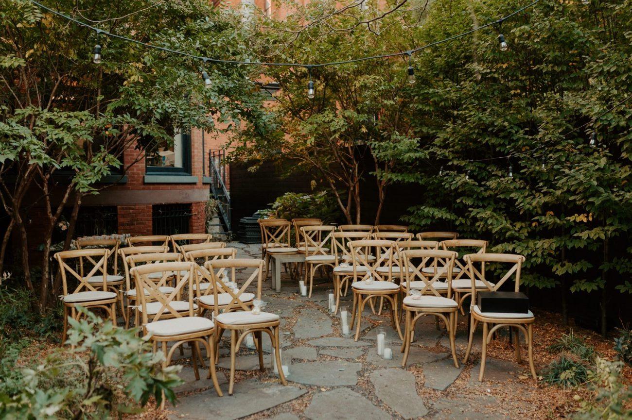 Brooklyn Backyard Wedding In Brownstone House New York City Wedding Photographer Anais Possamai Photography 04
