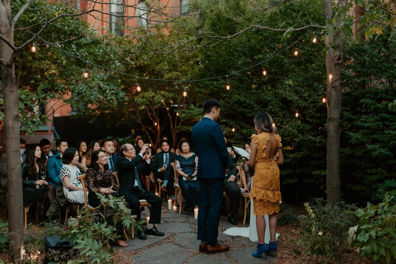 Brooklyn Backyard Wedding In Brownstone House New York City Wedding Photographer Anais Possamai Photography 12
