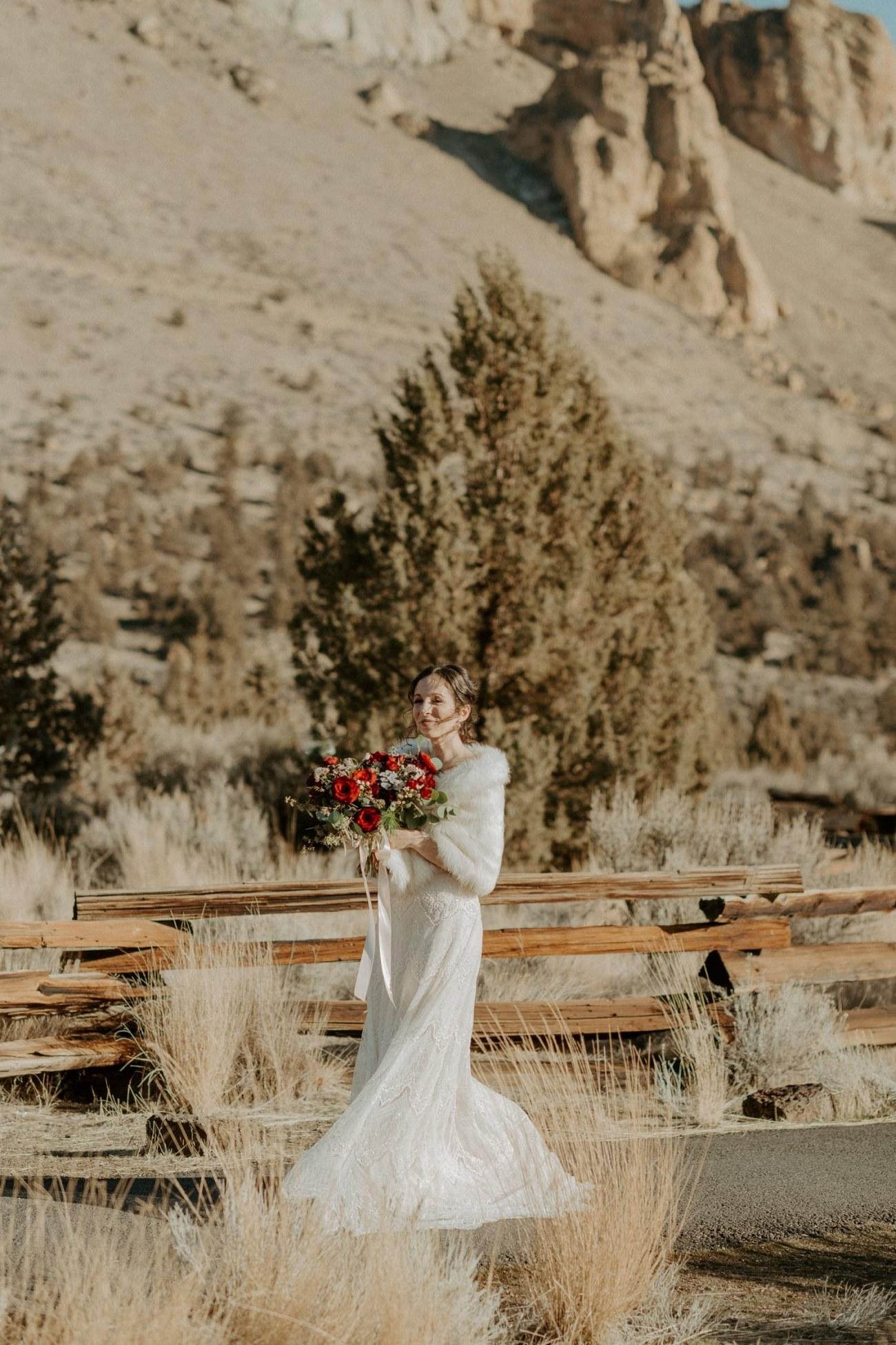 Intimate Wedding In Smith Rock State Park Bend Oregon Wedding Photographer Anais Possamai Photography 008