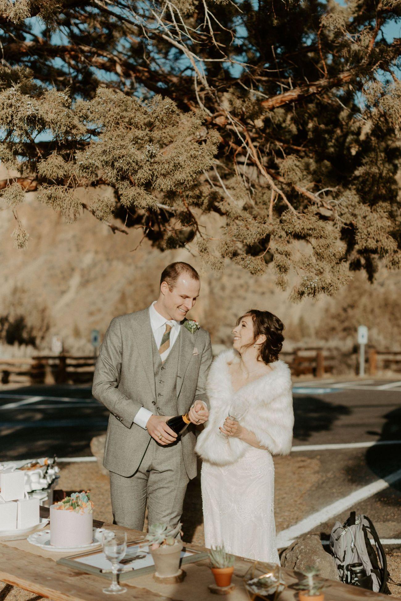 Intimate Wedding In Smith Rock State Park Bend Oregon Wedding Photographer Anais Possamai Photography 021