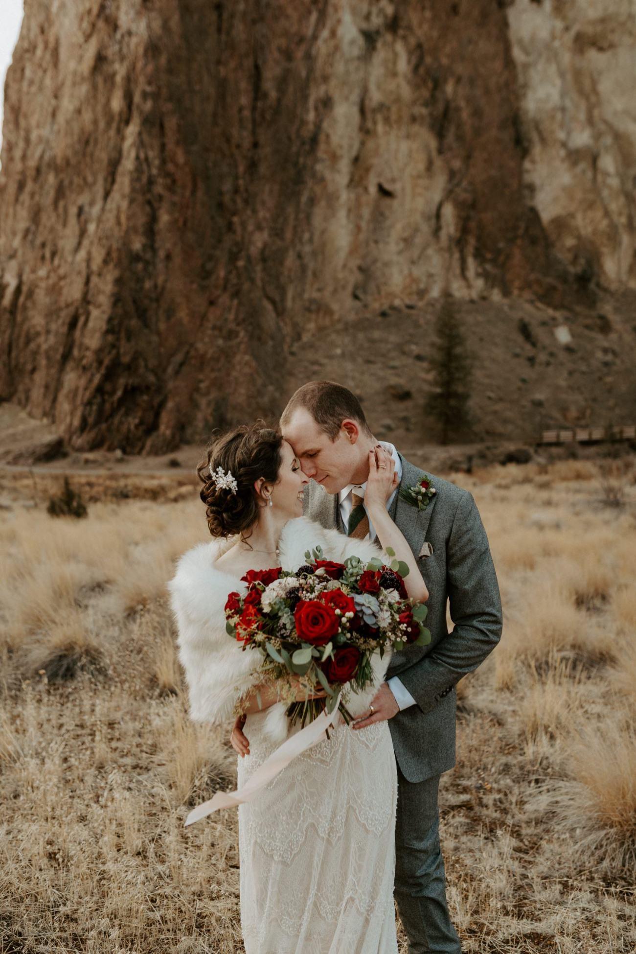 Smith Rock State Park Elopement Bend Oregon Elopement Photographer Anais Possamai Photography 011