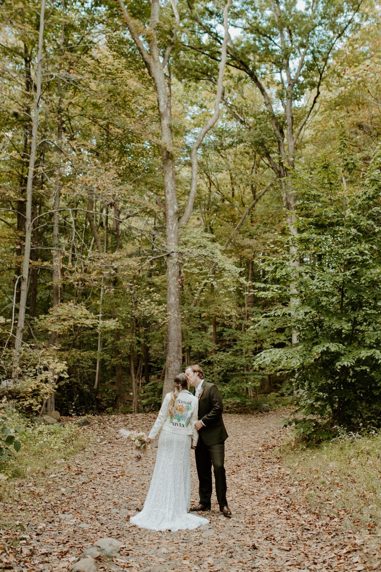 New Jersey Backyard Wedding Vintage Boho Wedding Hemlock Falls NJ Bend Oregon Wedding Phtographer Anais Possamai Photography 022