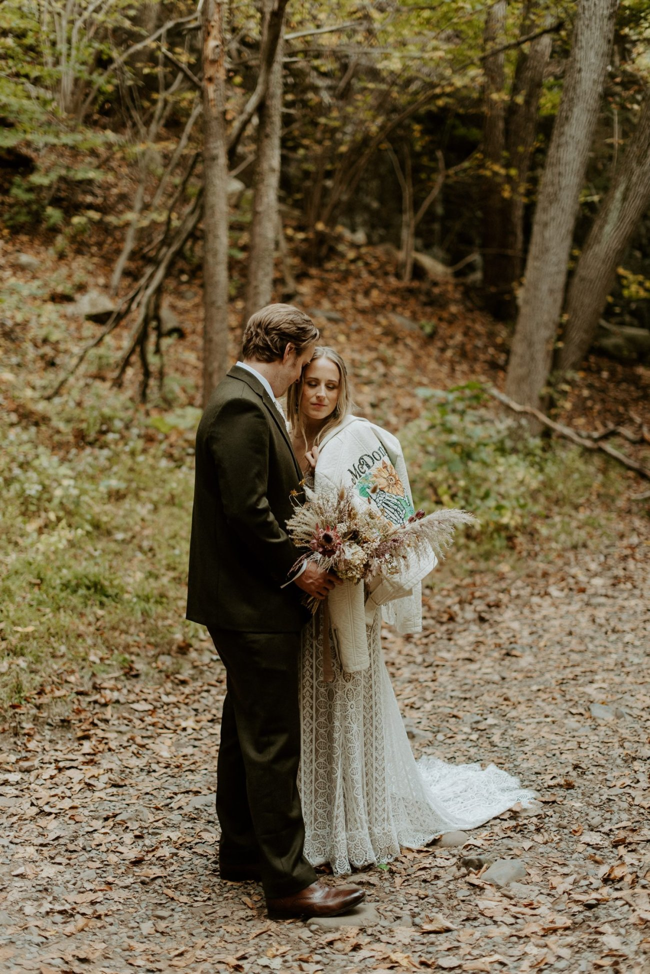 New Jersey Backyard Wedding Vintage Boho Wedding Hemlock Falls NJ Bend Oregon Wedding Phtographer Anais Possamai Photography 024