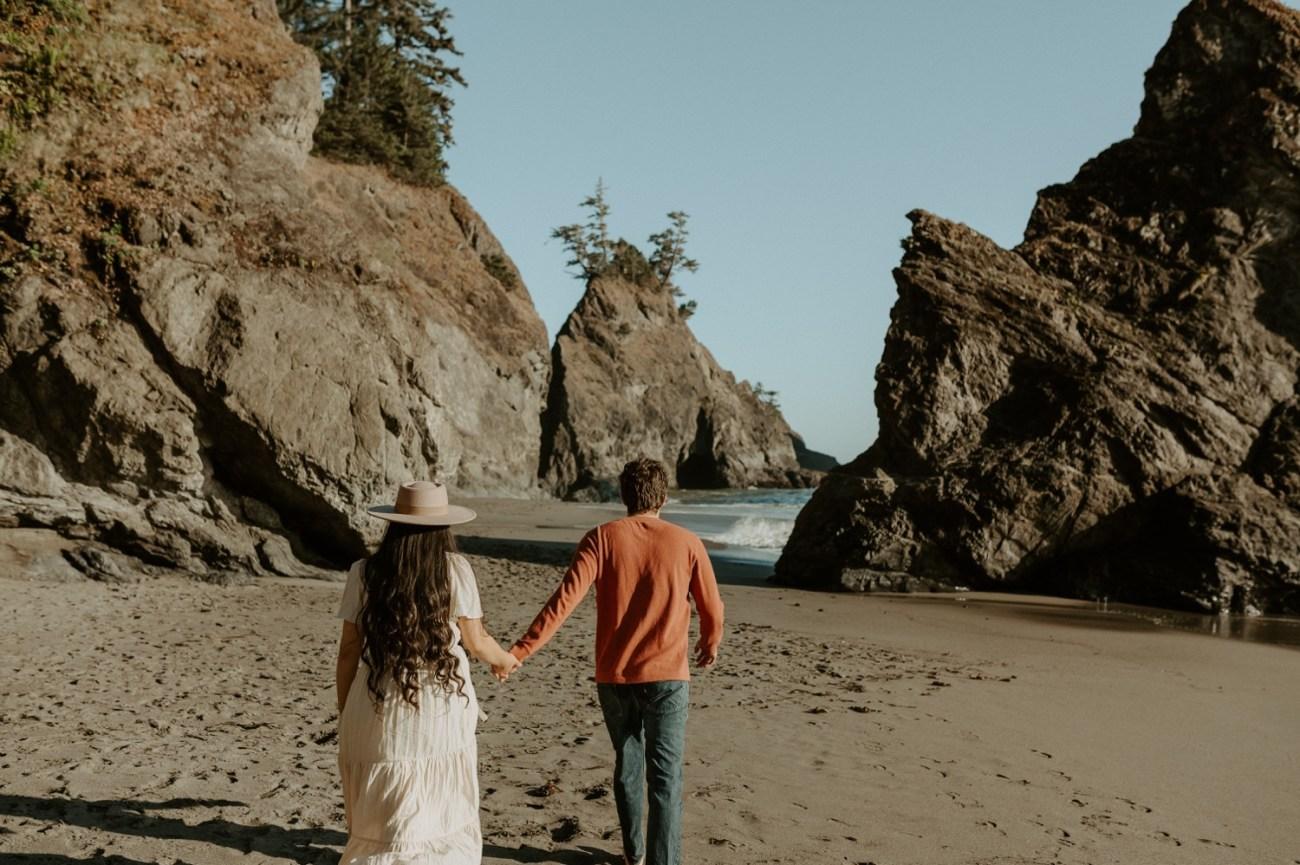 Oregon Coast Brookings Engagement Session Anais Possamai Photography 12