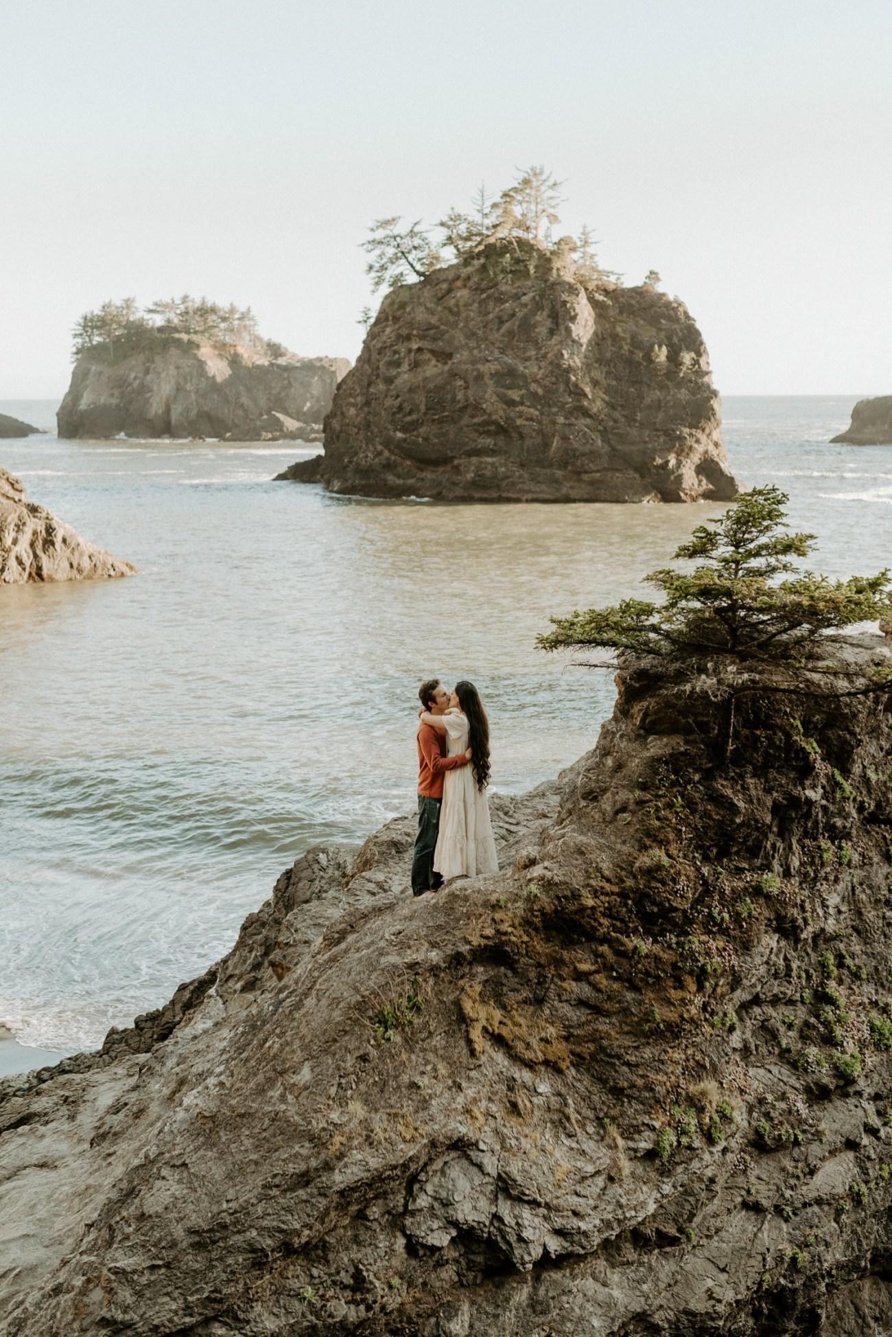 Oregon Coast Brookings Engagement Session Anais Possamai Photography 24