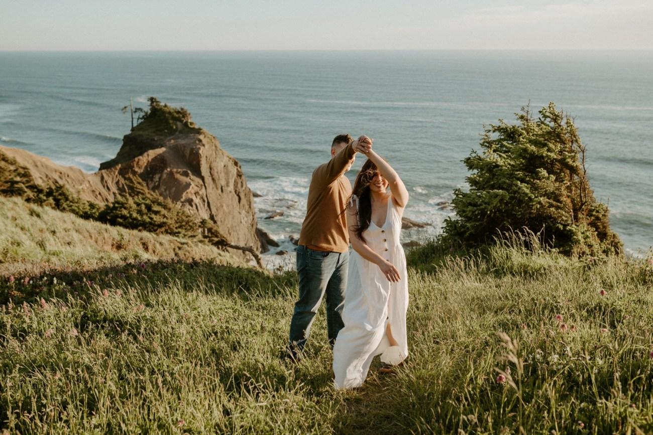 Oregon Coast Gods Thumb Engagement Session Bend Oregon Wedding Photographer Anais Possamai Photography 07