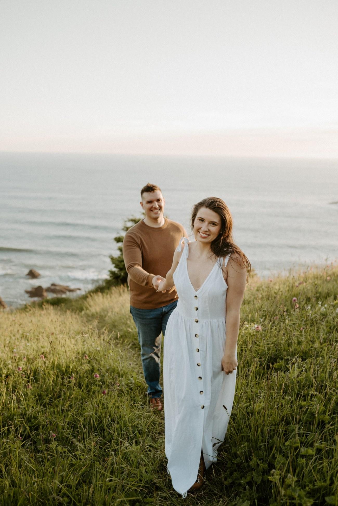Oregon Coast Gods Thumb Engagement Session Bend Oregon Wedding Photographer Anais Possamai Photography 14