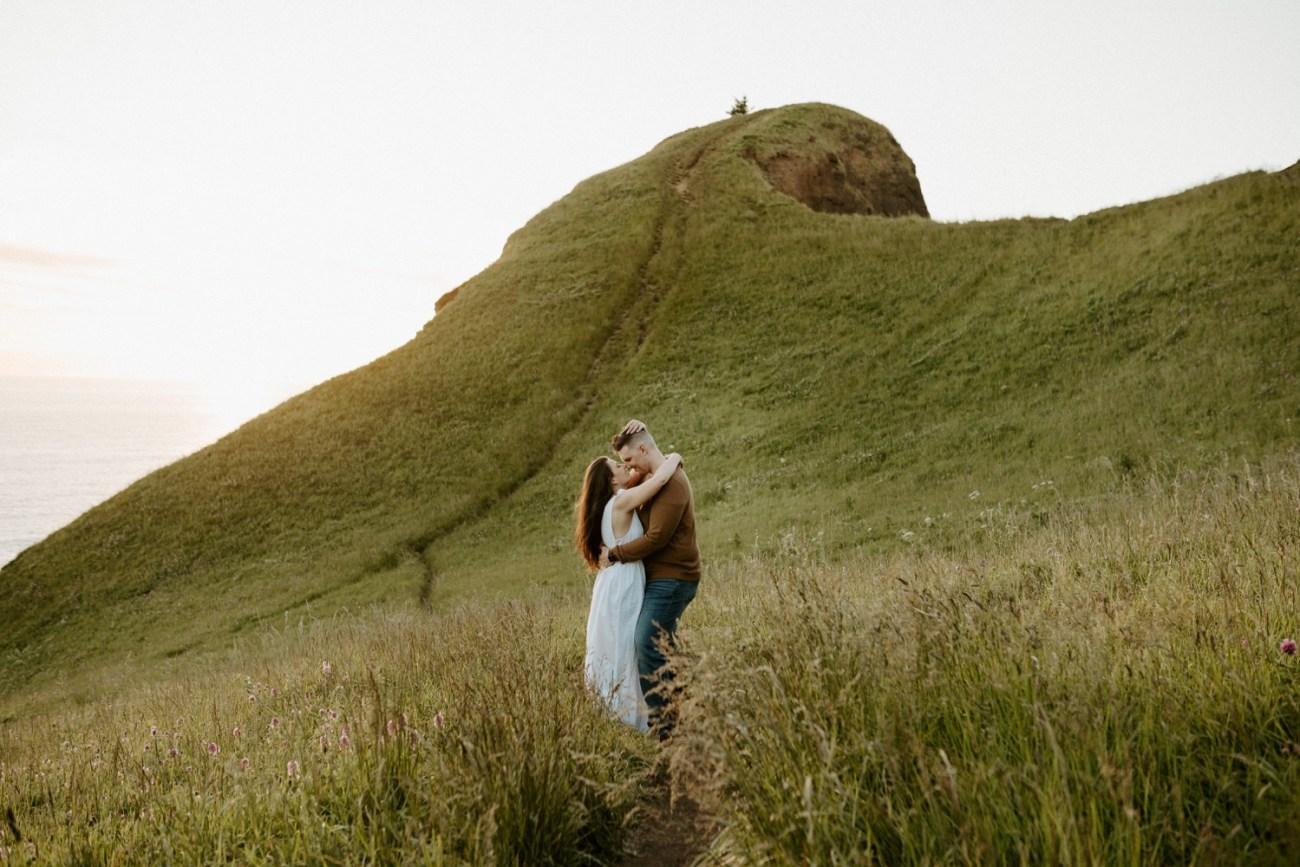 Oregon Coast Gods Thumb Engagement Session Bend Oregon Wedding Photographer Anais Possamai Photography 23
