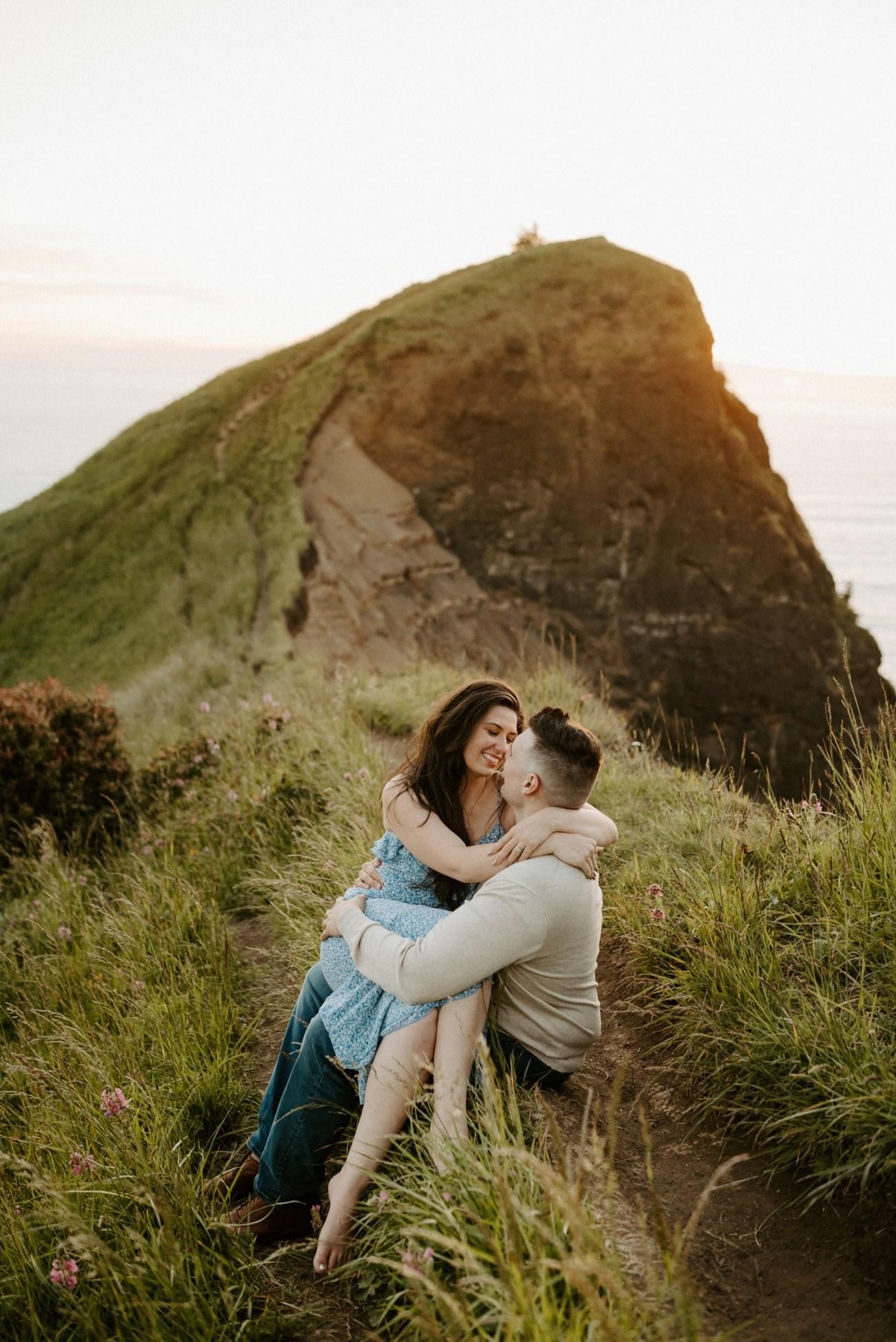 Oregon Coast Gods Thumb Engagement Session Bend Oregon Wedding Photographer Anais Possamai Photography 42