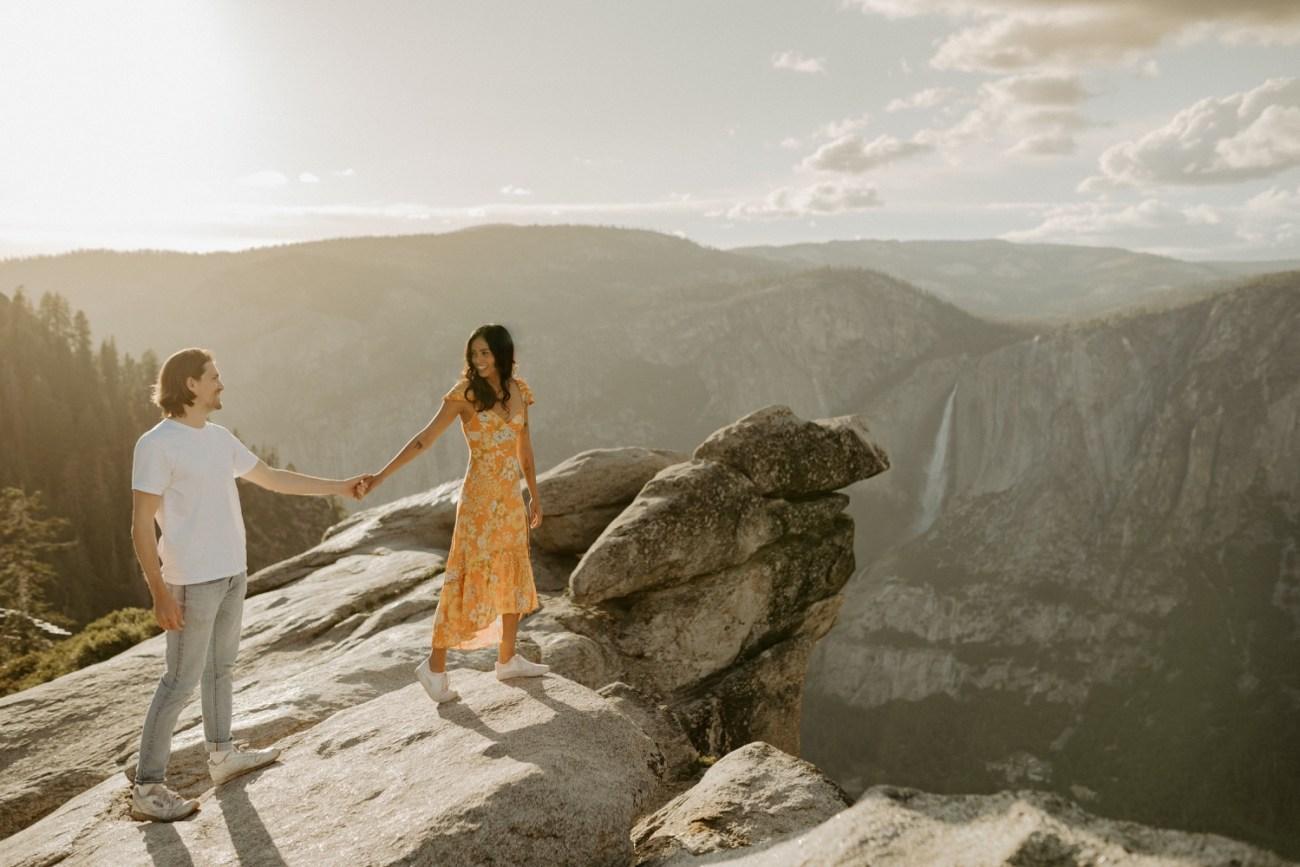 Sunset Yosemite Glacier Point Engagement Session Anais Possamai Photography 04