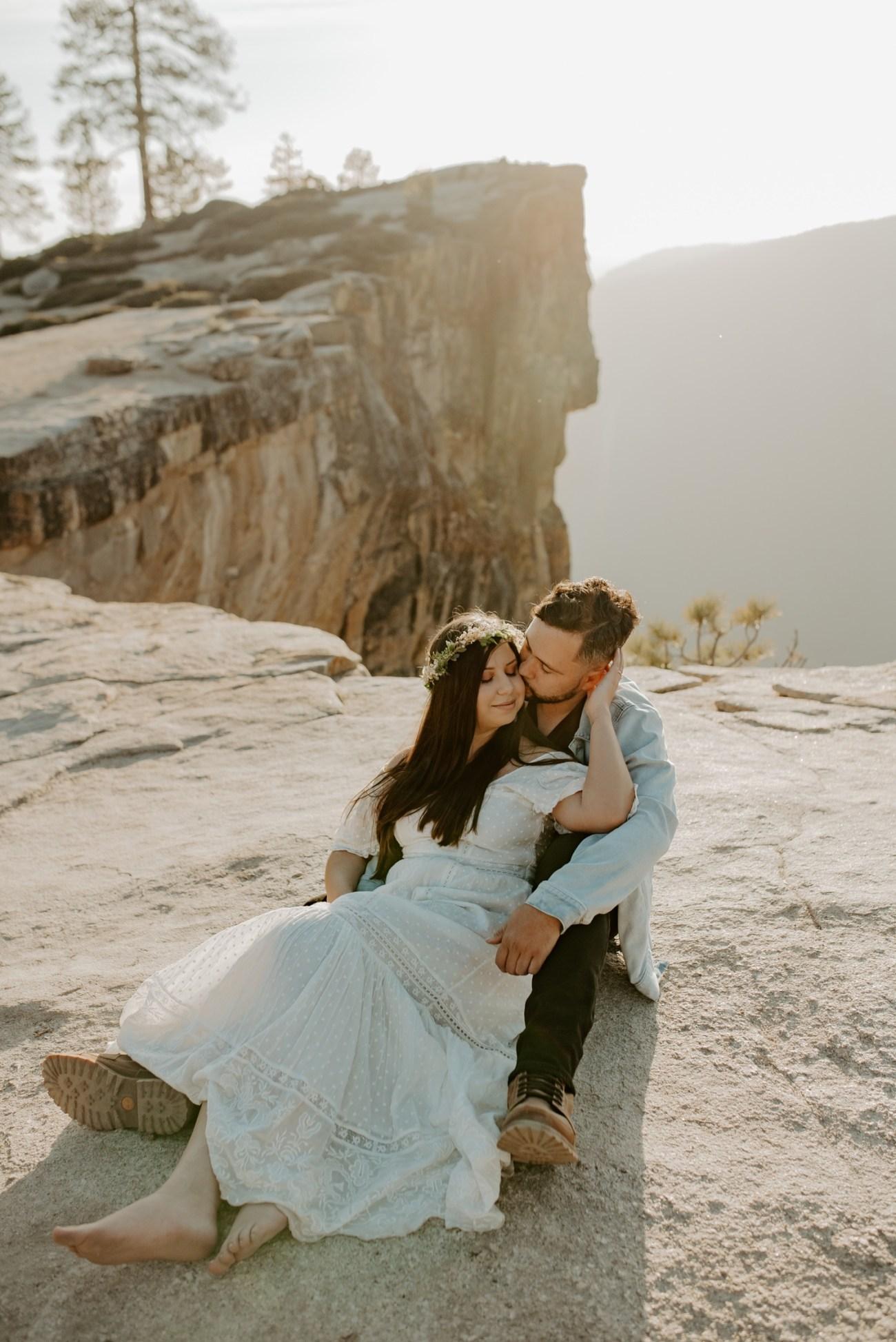 Yosemite Taft Point Engagement Session California Wedding Photographer Anais Possamai Photography 14