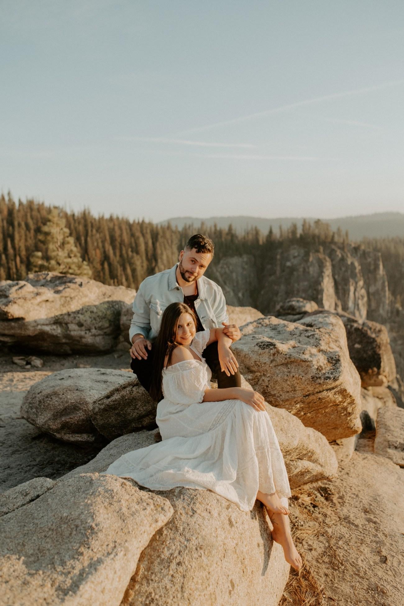 Yosemite Taft Point Engagement Session California Wedding Photographer Anais Possamai Photography 28