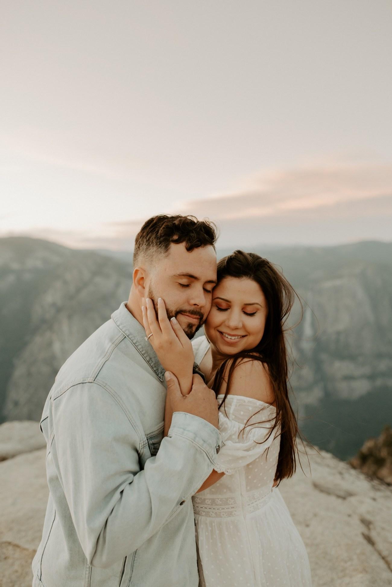 Yosemite Taft Point Engagement Session California Wedding Photographer Anais Possamai Photography 35
