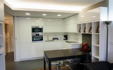 ανακαινιση-κατοικιας-Γλυφαδα-κουζινα-3