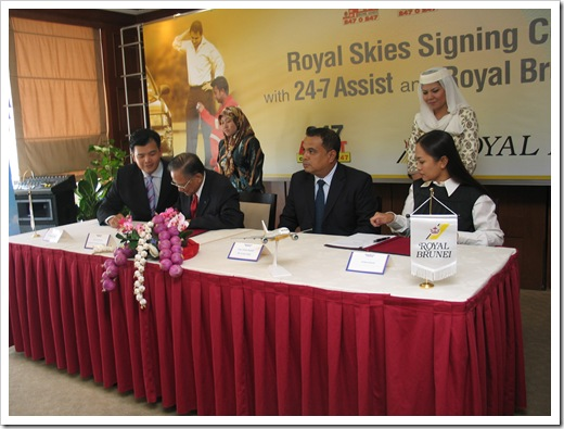 signing agreement 2