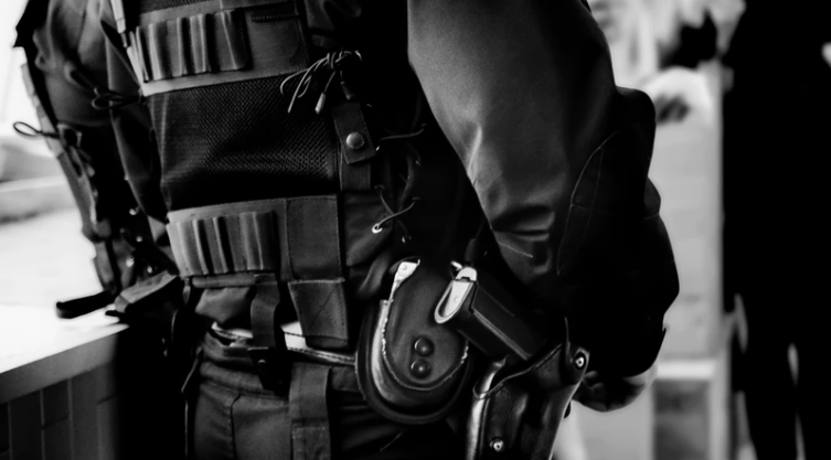 Polisi, salah satu petugas negara yang memiliki unit intelejen