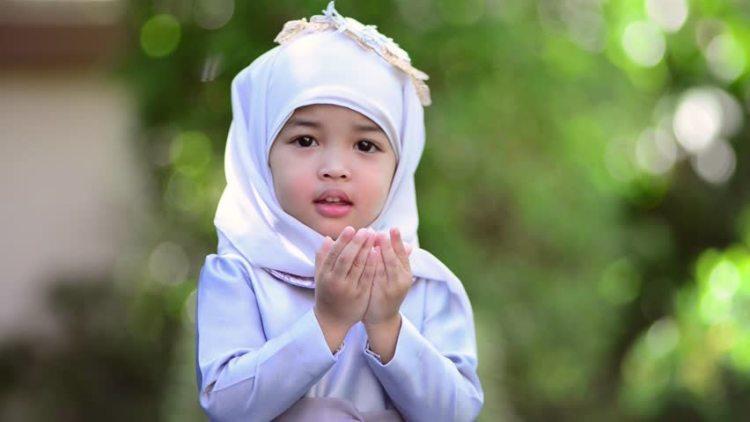 Generasi penerus islami, foto: mamapapa.id