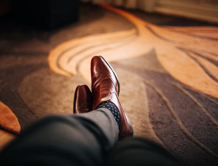 Sepatu kulit, foto: unsplash.com
