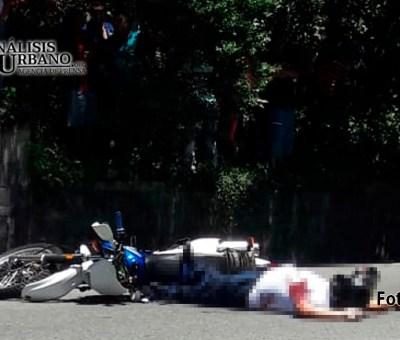 Arbey escapaba en su moto, pero sus verdugos lo alcanzaron en Manrique Oriental y lo mataron