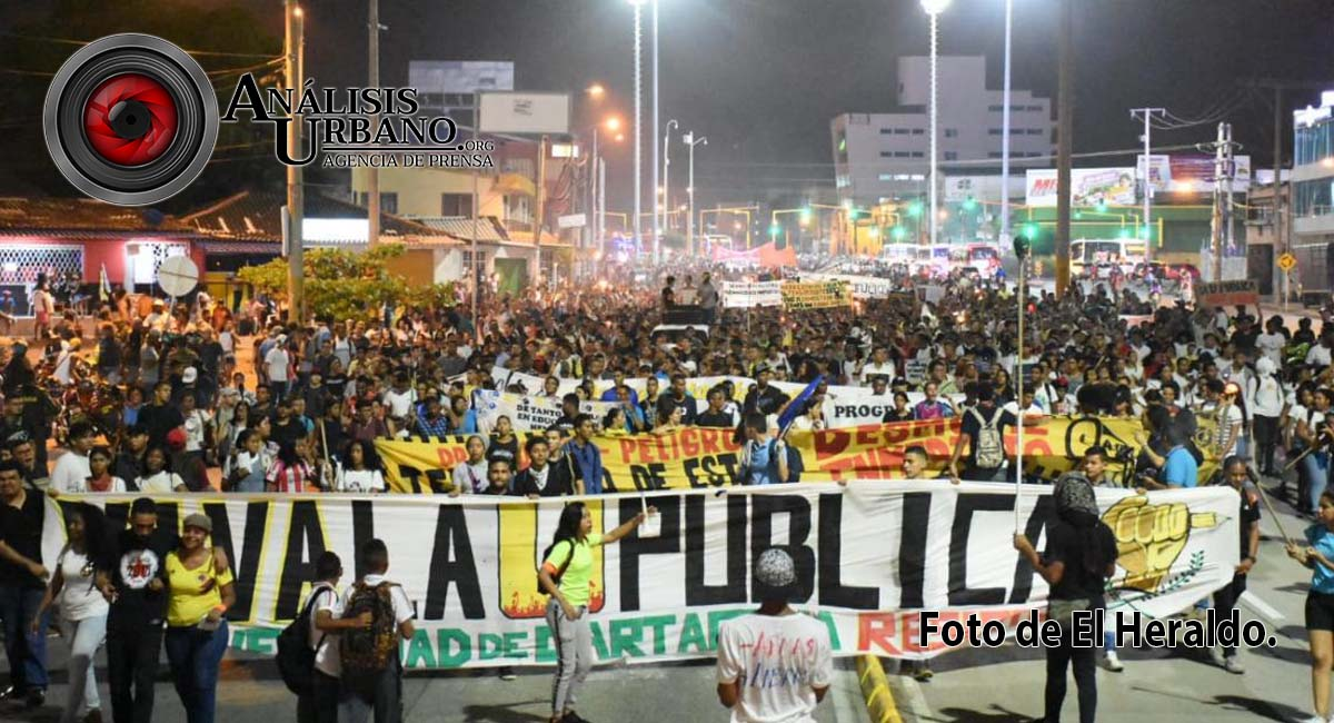 La CUT rechaza arremetida del Esmad contra estudiantes en Bogotá