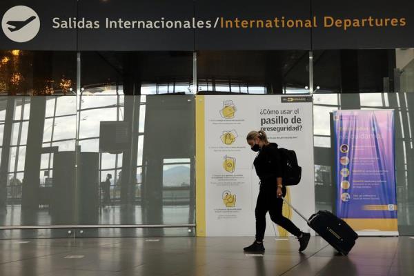 """""""Colombia ha levantado sus órdenes de permanecer en casa y reanudado algunas operaciones de transporte y negocios"""""""