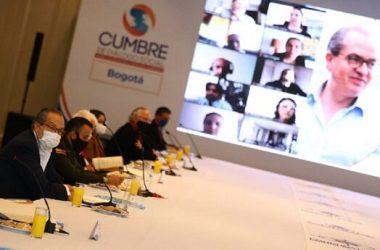 La Cumbre de Diálogo Social aprobó una moción de repudio por atentado al senador Feliciado Valencia...