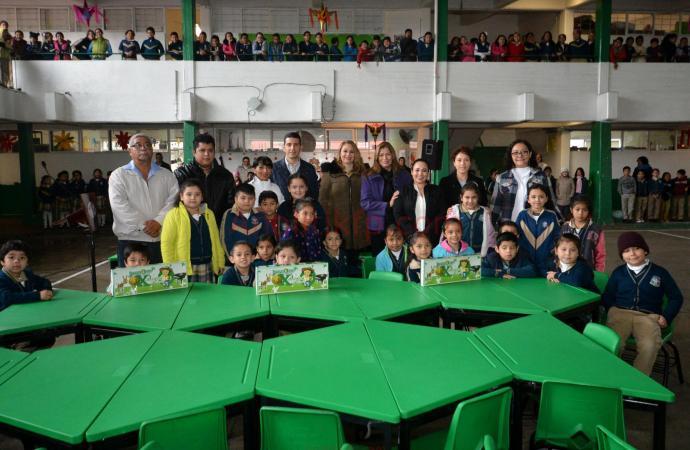 Sigue Alcalde en tu escuela beneficiando a los estudiantes xalapeños