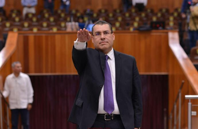 Nombra Congreso a Arturo Mariscal  como comisionado interino del IVAI