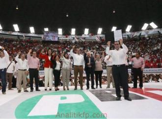 Pepe Yunes recibe constancia y rinde protesta como candidato a Gobernador de Veracruz