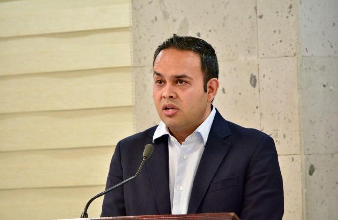 Presenta Carlos Morales iniciativa para incluir la omisión legislativa en la Constitución federal
