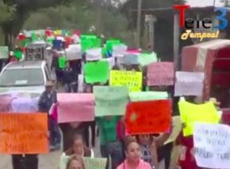 Marcha pacífica por la dignidad indígena en Chicontepec