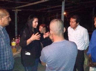 Atiende diputada Linares Capitanachi a habitantes de Coatzintla