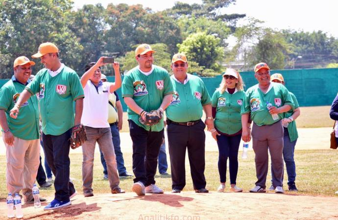 Inaugura Gómez Cazarín la Liga Estatal Veracruzana de Béisbol