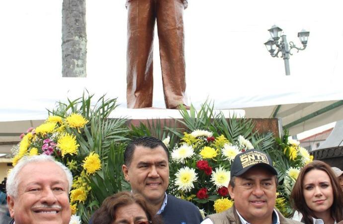 La concentración de maestros una importante derrama económica para la ciudad: Othón Hernández