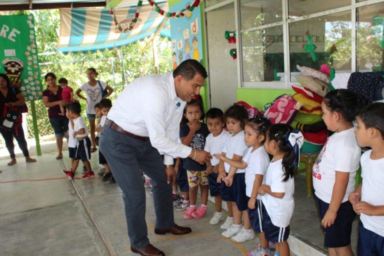 Inaugura Othón Hernández aula en el jardín de niños Rosario Castellanos