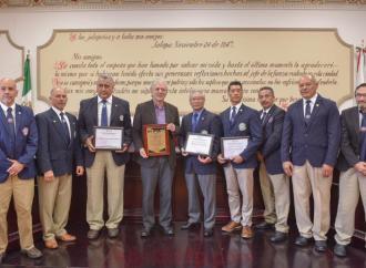 Reconoce Ayuntamiento a maestros destacados de artes marciales