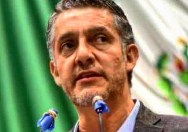 Pide Víctor Vargas a Ayuntamientos, sancionar agresiones y discriminaciones contra personal médico